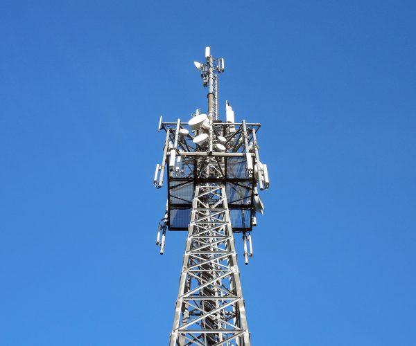 transmission-tower-1017149_1920